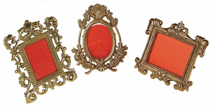 D.035 - Picture frames