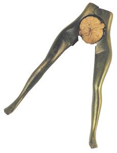 D.037 - Nutcracker woman legs