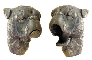 D.138 - Walking stick with dog head, moving jaw
