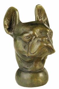 D.164 - Botfogó angol bulldog fejjel