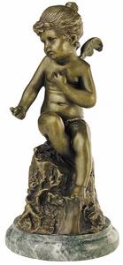 D.166lm - Puttó lány, sziklán ülő,  márványon